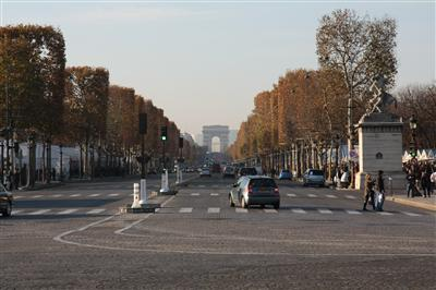 Avenue des champs elysees - H m avenue des champs elysees ...