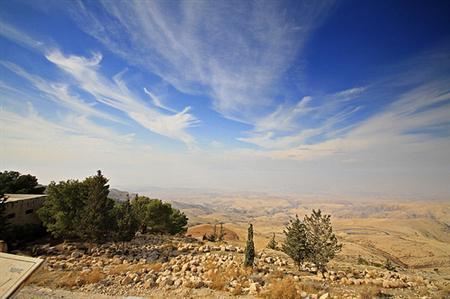 מידע למטייל בהר נבו