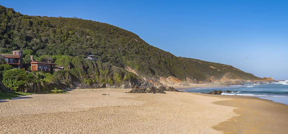 חוף מבודד בדרום אפריקה